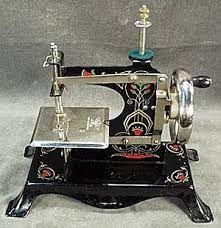 Resultado de imagem para maquinas de costura vintage