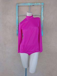 607cd56e1c79 Vintage 1970s Bodysuit Disco Playsuit Mod Pink Magenta Sz M L