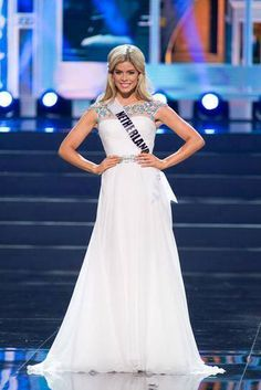 Netherlands - Miss Universe 2013 Evening Gown Preliminary Competition