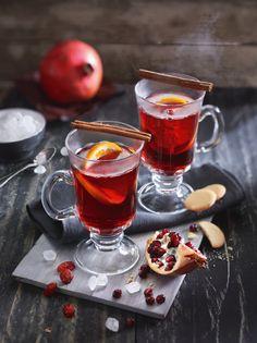 Cranberry-Granatapfel-Punsch mit Rum - der Schuss Rum bringt es