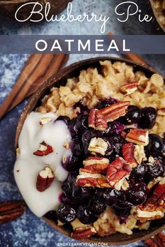 This blueberry pie oatmeal is creamy, juicy, and perfectly sweet. It's made with frozen blueberries, toasted pecans, and rolled oats to create a dessert-like breakfast! Vegan Brunch Recipes, Vegan Desserts, Cheap Vegan Meals, Toasted Pecans, Frozen Blueberries, Oatmeal Recipes, Rolled Oats, Beef Recipes, Blueberry
