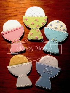 Communion cookies~ By Ideos Dulces, pink, yellow, blue…