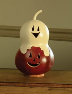 Meadowbrooke Gourds Miniatures-Casper Jack