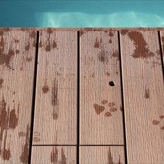Z našich prken lze vytvořit i takovýto skrytý poklop k bazénové technologii..bez bedlivé kontroly od 🐾 kolegy se to neobejde😉 Terasám nevadí psí škrábance a Váš čtyřnohý kamarád se nemusí bát třísek. Realizaci provedli Terasy Válek. Vyberte si vaší novou terasu ➡ www.woodplastic.cz/pruvodce Buffet, Furniture, Home Decor, Decoration Home, Room Decor, Home Furnishings, Buffets, Arredamento, Catering Display