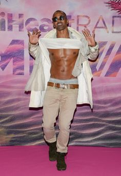 Pin for Later: Shemar Moore Just Can't Stop Flashing His Abs at the iHeartRadio Much Music Video Awards