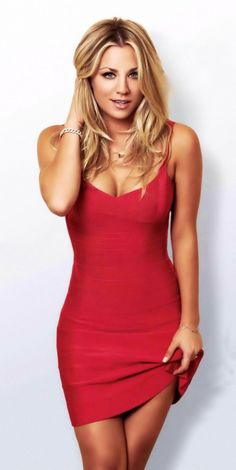 Kaley Cuoco...how would it be to have the perfect body? Love the dress btw...