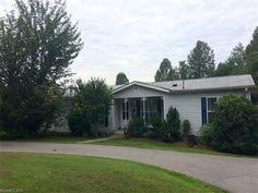 42 Spreading Oak Ln, Asheville, NC 28806 - Home For Sale & Real Estate - realtor.com®