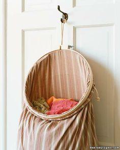 9 Easy Bedroom Organization Tricks