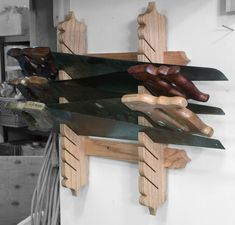 Saw Till / Rack Design ? - Woodworking by Hand Woodworking Workbench, Woodworking Workshop, Woodworking Shop, Woodworking Crafts, Garage Workbench, Woodworking Basics, Workbench Plans, Workbench Designs, Woodworking Classes
