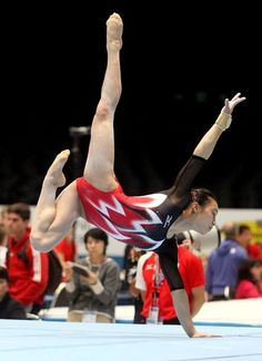 Welcome fans of the Japanese Artistic Gymnastics Team! Gymnastics Facts, Gymnastics Images, Gymnastics Posters, Sport Gymnastics, Artistic Gymnastics, Olympic Gymnastics, Gymnastics Leotards, Gymnastics Flexibility, Gymnastics Photography