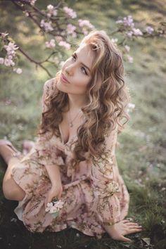Spring Photography, Girl Photography, Fashion Photography, Photography Lighting, Street Photography, Landscape Photography, Wedding Photography, Creative Portrait Photography, Creative Portraits