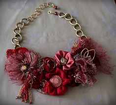 Beautiful vintage jewellery by Carla S. Fabric Flower Necklace, Fabric Flower Brooch, Fabric Flowers, Jewelry Crafts, Jewelry Art, Vintage Jewelry, Silver Jewelry, Key Jewelry, Silver Rings