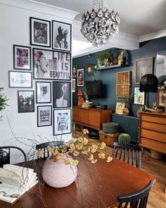 Gallery Wall on the corner. Family Home Design By Gabriella Khalil A Philadelphi. Gallery Wall on the corner. Family Home Design By Gabriella Khalil A Philadelphi. House Design, Home Decor Inspiration, Room Decor, Interior Design, House Interior, Home Living Room, Apartment Decor, Home, Home Decor