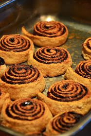 The eccentric Cook: Hungarian Kakaós Csiga (Chocolate Rolls) World Cuisine Hungarian Desserts, Hungarian Cake, Hungarian Cuisine, Hungarian Recipes, Hungarian Food, Chocolate Roll, Chocolate Desserts, Bakery Recipes, Dessert Recipes