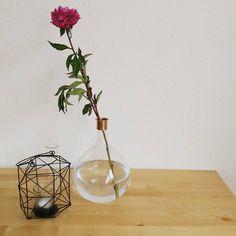 Scandi & glass - love that Combo | instagram: marislilly