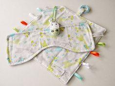 Giraffe Handmade Baby Sensory Ribbon, Tag, Lovey, Security Blanket + Burpie #OhSewKnotty