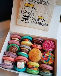 Anime Art Girl, Macaroons, Food Photo, Pastries, Girly, Sweets, Mood, Candy, Cookies