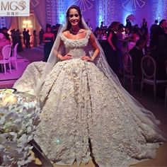 2016 MGS Real Luxury Graceful Ball Gown Square Tank Wedding Dresses Sexy V-Backless Flowers Beads Pearls Sequined Big Train Gown