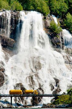 倫☜♥☞倫   Waterfall by Peter Nejtek.