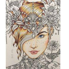 Happy Friday! My current WIP #hannakarlzon #sommarnatt #prismacolor #carandache #luminance #daydreamscolouring #colouring #coloringbook #colorindolivrostop #florestaencantada2 #artecomoterapia #flowers #bayan_boyan #beautifulcoloring #coloring_secrets