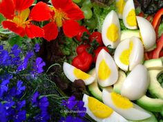 These are the first VEGAN hard boiled eggs in the history of the world! Photo © Miriam 'Mouthwatering Vegan Recipes'.