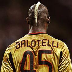 Mario Balotelli . Perfection . #soccer #futbol