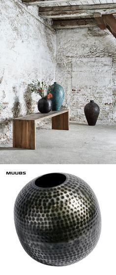 Muubs   Vase Hammered Round    grey iron glass   L:30 W:30 H:30