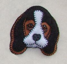 Free Dog Felt Ornament Patterns   Beagle Lapel PinChristmas ornamenthandmade original by justsue