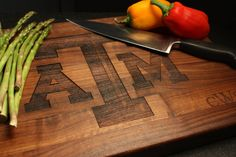 A&M Custom Cutting Board Personalized by QuintessentialHostes
