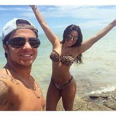 Orgulho ! ;-) Thammy Miranda, 33, e a namorada Andressa Ferreira, 27, estão curtindo uma temporada de férias em Trancoso, na Bahia. Confira alguns cliques do casal por lá! (Foto: Reprodução/Instagram)