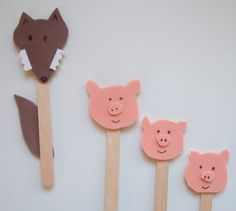 3 Little Pigs stick puppets. I'd make them for lots of fairy tales, with enough characters that the kids could make write their own Craft Activities, Preschool Crafts, Crafts For Kids, Arts And Crafts, 3 Little Pigs Activities, Preschool Education, Three Little Pigs Story, Fairy Tale Crafts, Pig Crafts