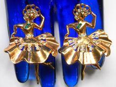 Vintage Costume Jewelry, Vintage Costumes, Vintage Jewelry, Gothic Jewelry, Antique Jewelry, Folk Dance, Art Deco Jewelry, Jewelry Sets, Jewelry Supplies