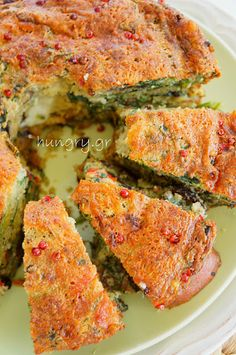 Greek Recipes, Light Recipes, Broccoli And Cheese, Spinach, Greek Pita, Sweet Red Pepper, Savory Muffins, Small Tomatoes, Fresh Mozzarella