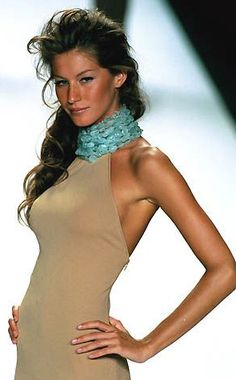 Beauty And Fashion Gisele Bundchen, Fashion Models, Fashion Show, High Fashion, Modelos Fashion, Patrick Demarchelier, Helena Christensen, Elsa Peretti, Glamour