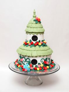 Cool cake idea for those who like bird houses!