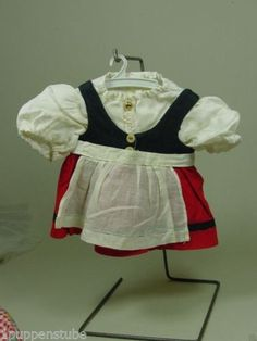 PK655-Altes-Puppenkleid-Bluse-Schuerze-um-1930-40-Laenge-ca-19-5-cm