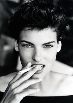 Linda Evangelista smoking.