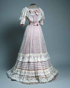 Evening dress, Zagreb, ca. 1905. Silk and lace. Museum of Arts & Crafts, Zagreb