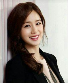 Kim Tae Hee[Appreciation] She Is So Pretty Kim So Eun, Kim Tae Hee, Korean Beauty, Asian Beauty, Korean Girl Fashion, Yoo Ah In, Asian Celebrities, Cute Beauty, Beautiful Asian Women