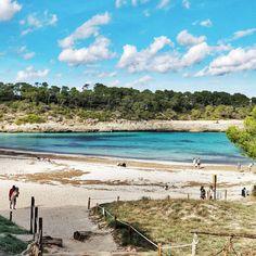 Mondragó Santanyí . #mondrago #calasaramador #relaxandwirk #mallorcagram #sunday #swimming #beachday #strandtag #santanyi #bluemind #meerblick