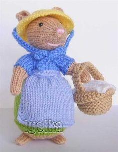 Knitted Toys Teddy Bear Knitting Pattern, Animal Knitting Patterns, Christmas Knitting Patterns, Knitting Toys, Knitting Ideas, Crochet Mouse, Crochet Dolls, Knit Crochet, Crochet Hats