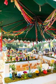 gorgeous wedding / outdoor party decorations!