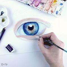 TräuMeli 🌻 (@traeumeli) • Instagram-Fotos und -Videos Watercolor Tattoo, Portraits, Tattoos, Instagram, Videos, People, Drawing Eyes, Pencil, Watercolor