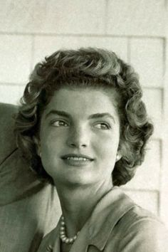 """Jacqueline Kennedy Onassis, (née Jacqueline Lee """"Jackie"""" Bouvier; July 28, 1929 – May 19, 1994), was the wife of the 35th President of the United States, John F. Kennedy, and First Lady of the United States during his presidency from 1961 until his assassination in 1963♛.❤❤❤❤♛   http://en.wikipedia.org/wiki/Jacqueline_Kennedy_Onassis"""
