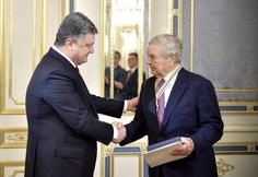 Poroshenko awarded George Soros with Order of Freedom. http://novosti.dn.ua/details/263504/