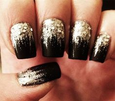 Nice New Years Nails Acrylic http://vintagetopia.co/2017/12/13/new-years-nails-acrylic/ Your nails have to be filled every 2 weeks! Extremely thin nails might not be the very best for acrylics.