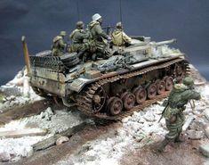 Dioramas and Vignettes: StuG III in action Tamiya Model Kits, Tamiya Models, Military Diorama, Military Art, Tank Armor, Military Action Figures, Model Hobbies, Model Tanks, Cars