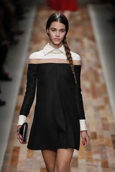 Valentino Fashion Week Paris F/W 14/15. #rtw #wear #whitecollar