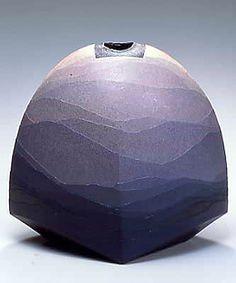 Japanese pottery. Piece by Miyashita Zenji