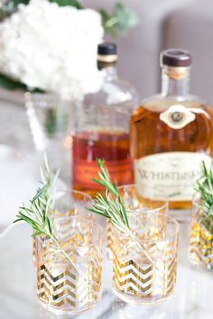 ather than classic cocktail stirrers, use a sprig of rosemary to mix guests' drinks